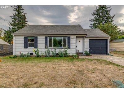 Single Family Home For Sale: 12542 SE Tibbetts St