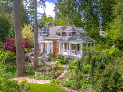 Lake Oswego Single Family Home For Sale: 2462 Summit Dr