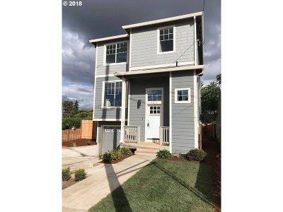 Clackamas County, Multnomah County, Washington County Single Family Home For Sale: 8014 N Seward Ave
