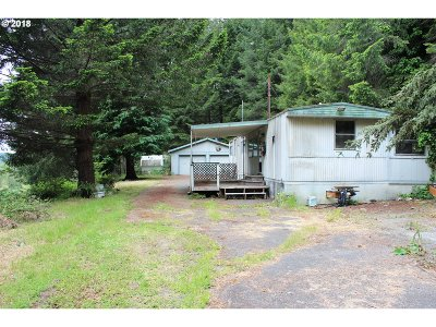 Gold Beach OR Single Family Home For Sale: $130,000