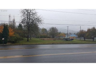 Sutherlin Residential Lots & Land For Sale: 910 E Central Ave