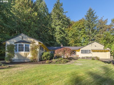 Single Family Home For Sale: 1350 SW Maplecrest Dr
