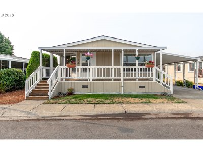 Eugene Single Family Home For Sale: 1699 N Terry St Space 141 #141