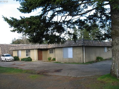 Coos Bay Multi Family Home For Sale: 1810 Thomas Ave