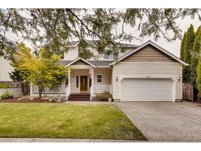 Forest Grove Single Family Home For Sale: 1333 32nd Pl