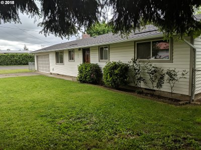 Molalla Single Family Home For Sale: 602 Toliver Dr