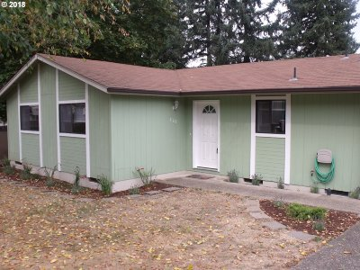 Springfield Single Family Home For Sale: 220 S 70th Pl