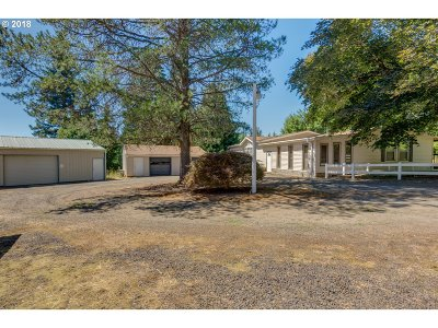 Sandy Single Family Home For Sale: 21281 SE Firwood Rd