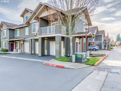 Vancouver Single Family Home For Sale: 10800 SE 17th Cir #Q185