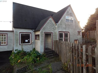 Coos Bay Single Family Home For Sale: 905 Ingersoll