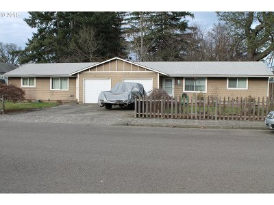 Estacada Multi Family Home Sold: 105 NE 5th Ave