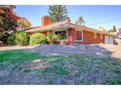 Salem Single Family Home For Sale: 2125 NW Lowen St