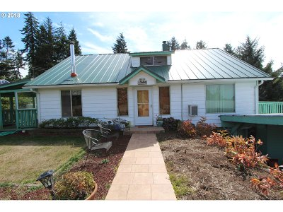 Coos Bay Single Family Home For Sale: 1386 F St