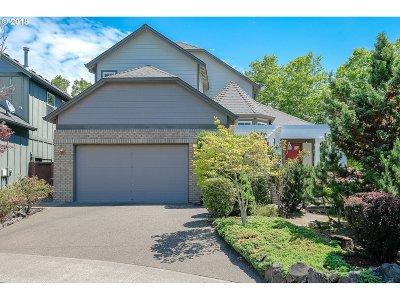 Portland Single Family Home For Sale: 5362 NW Crady Ln