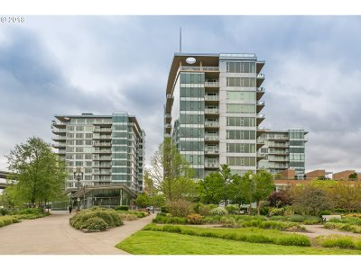 Portland Condo/Townhouse For Sale: 1900 SW River Dr #N105