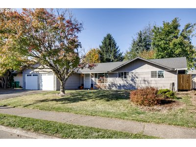 Gresham, Troutdale, Fairview Single Family Home For Sale: 24205 SE Oak St