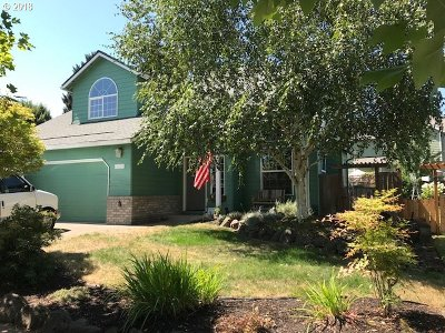 McMinnville Single Family Home For Sale: 3271 NE Lucas Dr