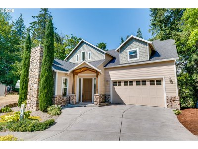 Gresham Single Family Home For Sale: 1300 SW Royal Ct