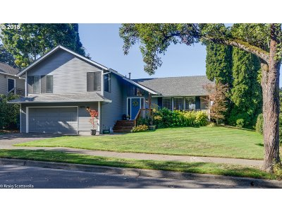 Tualatin Single Family Home For Sale: 5773 SW Calusa Loop