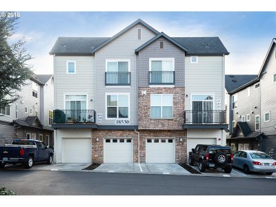 Condo/Townhouse For Sale: 18530 NW Red Wing Way #204