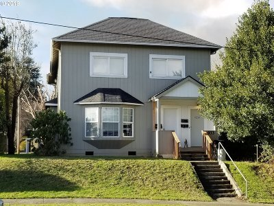 Coos Bay Multi Family Home For Sale: 933 S 4th