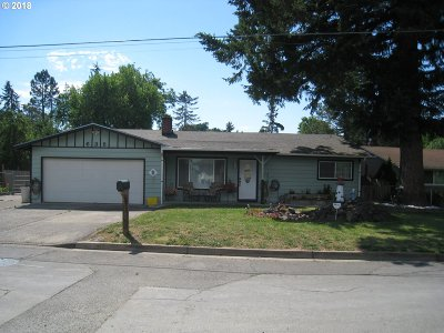 Cottage Grove, Creswell Single Family Home For Sale: 635 N 11th St
