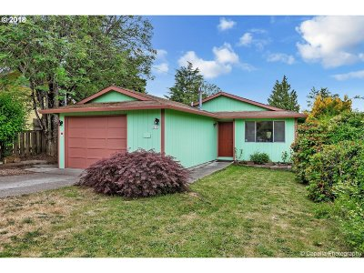 Single Family Home For Sale: 2715 SE 77th Ave