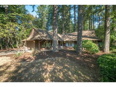 Lake Oswego Single Family Home For Sale: 5305 Kenny St