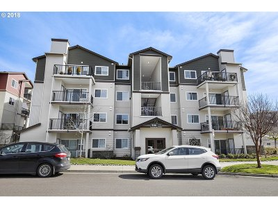 Portland Condo/Townhouse For Sale: 580 NW Lost Springs Ter #403