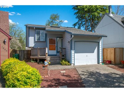 Beaverton Single Family Home For Sale: 7285 SW 158th Pl