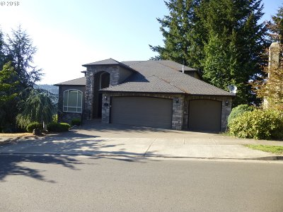 Milwaukie, Clackamas, Happy Valley Single Family Home For Sale: 13973 SE Alta Vista Dr