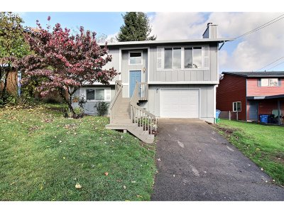 Camas Single Family Home For Sale: 441 NW 17th Ave
