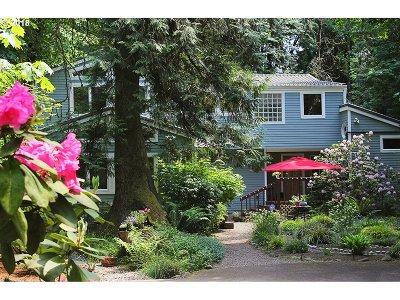 West Linn Single Family Home For Sale: 3860 Elmran Dr
