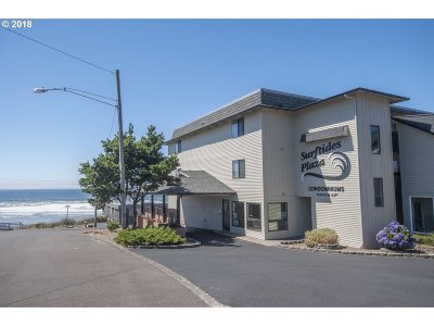 Lincoln City Condo/Townhouse For Sale: 1415 NW 31st Pl