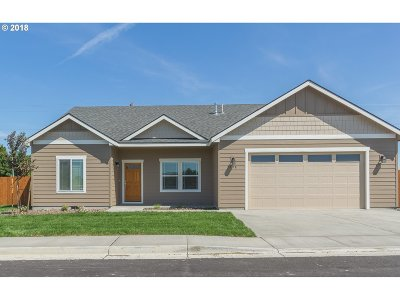 Hermiston Single Family Home For Sale: 898 SW Coyote Dr
