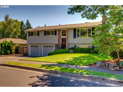 Beaverton Single Family Home For Sale: 12900 SW Glenn Dr