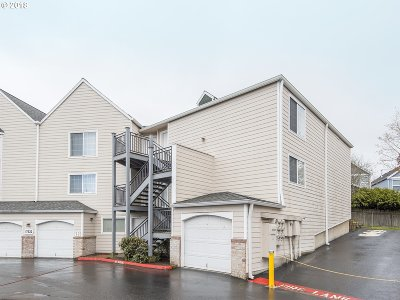 Portland Condo/Townhouse For Sale: 17532 NW Springville Rd #13