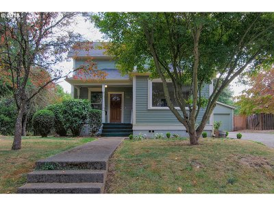 Woodburn Single Family Home For Sale: 356 E Lincoln St