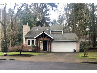 Eugene Single Family Home For Sale: 1539 Happy Ln