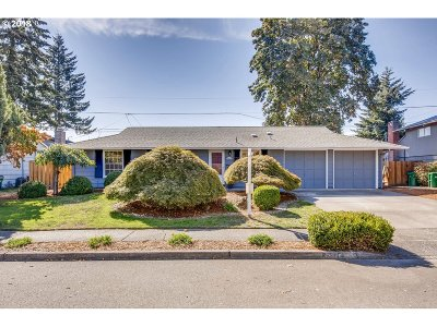 Beaverton Single Family Home For Sale: 13620 SW 23rd St