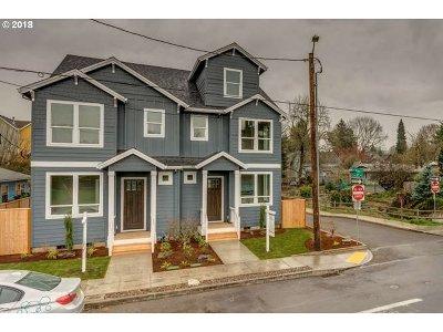 Clackamas County, Multnomah County, Washington County Multi Family Home For Sale: 2102 SE Tacoma St