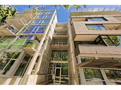 Condo/Townhouse For Sale: 1234 SW 18th Ave #208