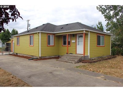 Springfield Single Family Home For Sale: 1035 N St