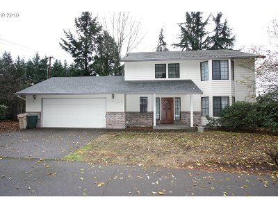 Tualatin Single Family Home For Sale: 21765 SW Boones Ferry Rd