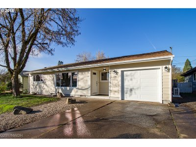 Springfield Single Family Home For Sale: 1190 Quinalt St