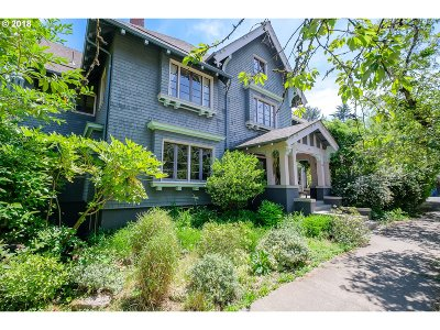 Portland Single Family Home For Sale: 908 NW 25th Ave
