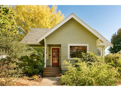 Single Family Home For Sale: 6502 SE 17th Ave