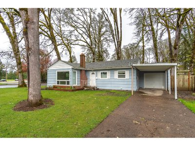 McMinnville Single Family Home For Sale: 749 NW 12th St