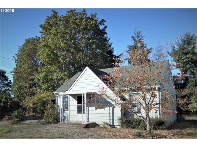 Springfield Single Family Home For Sale: 1638 S St
