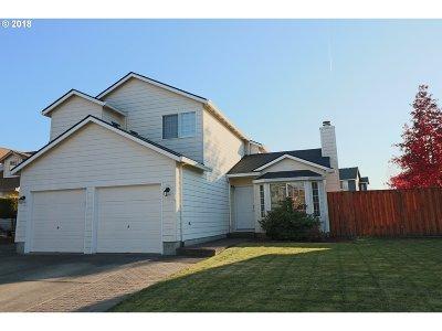 Hillsboro Single Family Home For Sale: 4134 SE Russell St